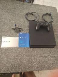 PS4 slim HD 1tb