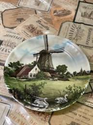 Título do anúncio: Prato decorativo da Holanda 1984