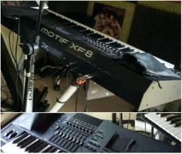 Teclado Yamaha Motif XF8 (Rio de Janeiro-RJ ou Além Paraíba-MG)