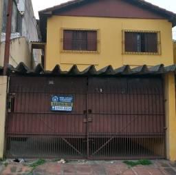Título do anúncio: Casa com 3 dormitórios, sala ampla, garagem coberta para 2 veículos.