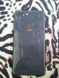 Título do anúncio: Vendo iPhone 8 Plus bem conservado