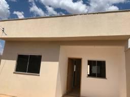 Título do anúncio: Casa para venda com 2 quartos com 01 Suíte em Residencial Buena Vista III - Goiânia - GO