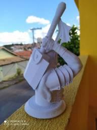 Busto Guts de Berserk 20cm altura