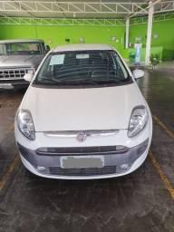 Fiat punto 1.4 attractive 8v flex 5p manual entrada R$ R$ 757,50