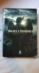 Título do anúncio: Livro anjos e demônios Dan Brown