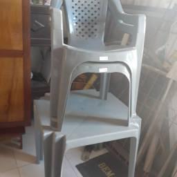 Mesa 2 cadeiras semi novo