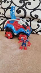 Carro homem aranha