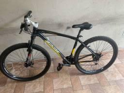 Bicicleta  aro 29 / frio a disco