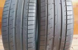 Dois pneus 215/55R17