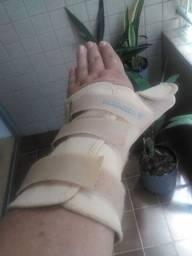 Imobilizador de pulso e polegar-R$30,00