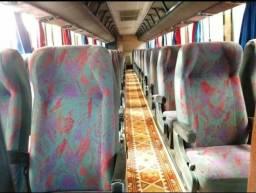 Jogo de poltronas do ônibus gv 1000