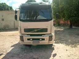 Vendo ou troco caminhão basculante - 2010