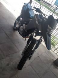 Moto xre300 2017 $14.500 - 2017