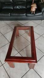 Mesa de centro de madeira e vidro