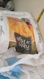 Vendo sacos de ráfia Usados vários tamanhos.