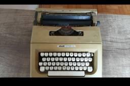 Máquina de escrever Olivetti Lettera 25 RARIDADE