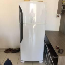 Geladeira Seminova Frost Free 435 litros