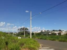 Terreno de esquina no Aroeiras