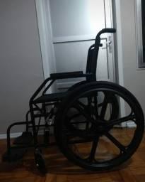 Vendo Cadeira de rodas R$ 350,00