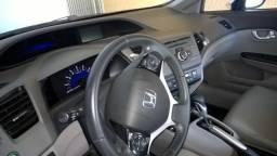 Civic 12/13 automático, Bco perfeito estado - 2013
