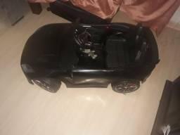 Vendo carrinho elétrico com controle remoto jaguar