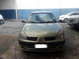 Clio 2001 com ar condicionado - 2001