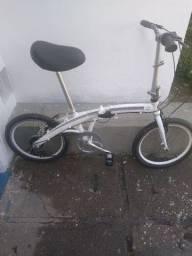 Bicicleta desmontável toda de alumínio bem conservada com nota fiscal aceito cartão