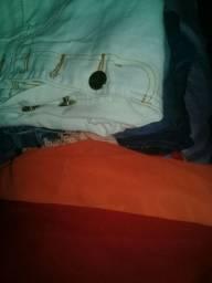 Vendo uma sacola de roupa pra brechó