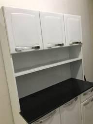 Armário de cozinha ou área de serviço