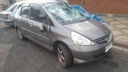 Honda Fit pra Recuperar ou Tirar peças!