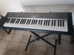 Teclado musical casio LK120