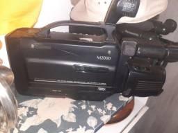 Título do anúncio: Câmera filmadora Panasonic m2000 antiga funciona 150reais
