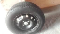 Aro 13 com pneu montado meia vida 175/70/13