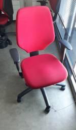 Cadeira Diretor com Regulagem de Altura e Encosto