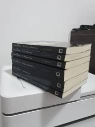 Livros coleção Diário do Vampiro