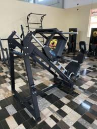 Studio de musculação, aparelhos direto da fábrica