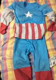 Fantasia Capitão America com enchimento