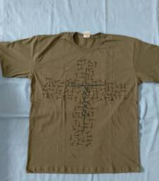 Camiseta J E S U S