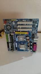 Kit placa mãe,processador,memoria ram não sei se está funciona