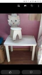 Mesa com cadeira hello kid