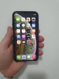 Título do anúncio: IPhone XS 64gb com detalhe na tela restante ok