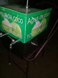 maquina de água de Coco e mesinha URGENTE