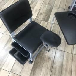 Cadeira cirandinha manicure