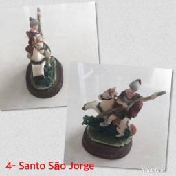 Imagem de São Jorge com 12cm em Resina.