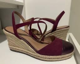 Título do anúncio: Sapato Arezzo Salto Plataforma N.38