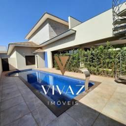 Título do anúncio: Casa de condomínio térrea para venda possui 389 metros quadrados com 4 quartos