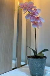 Orquídea de plástico