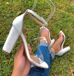 Sandália branca, entrega gratuita