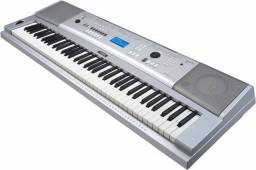 Teclado Yamaha 76 Keys/Teclas PortableGrand DGX-230