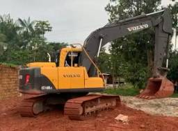P escavadeira volvo EC 140